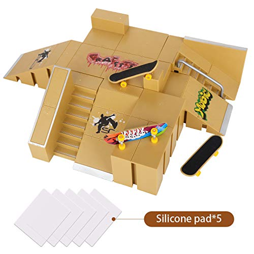 Abree Mini Fingerskateboard-Park Kit mit 8 unabhängige Anbauteile und 3 Fingerboards (Dunkelgelb)