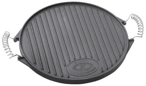 Outdoorchef Gusseisen Grillplatte 480_570 – Grill-Wende-Platte – Gasgrill Zubehör für Kugelgrill – Grillpfanne doppelseitig verwendbar – Ø 39,5 cm