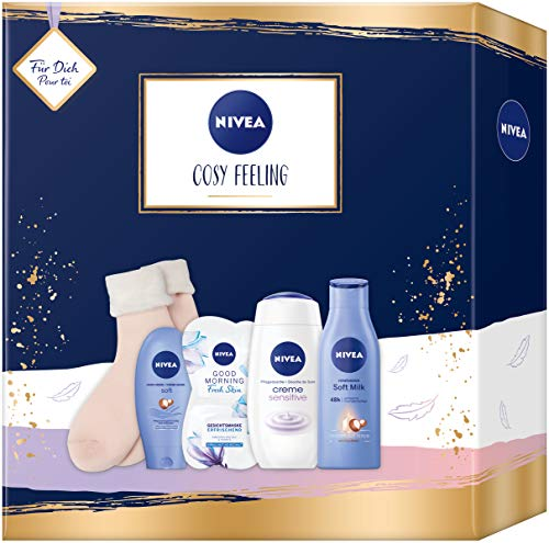 NIVEA Cosy Feeling Geschenkset, Set mit weichen Socken, Body Milk, Pflegedusche und Gesichtsmaske, Pflegeset voller Verwöhnmomente zum Verschenken