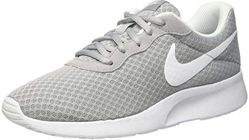 Nike Damen Tanjun Laufschuhe, Grau (Wolfgrau/Weiß), 39 EU